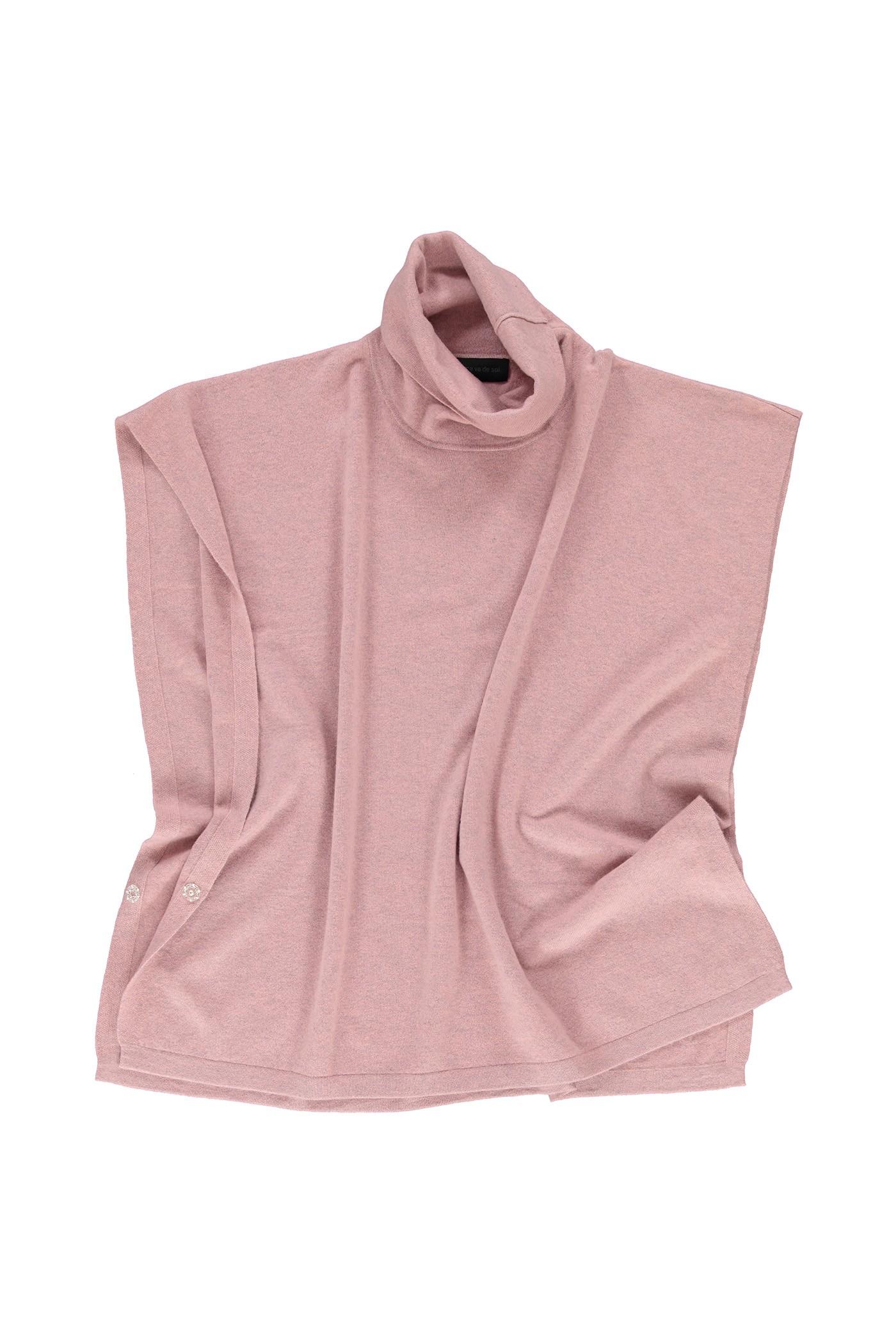 jennifer-framboise-f16-cavadesoi-knitwear.jpg