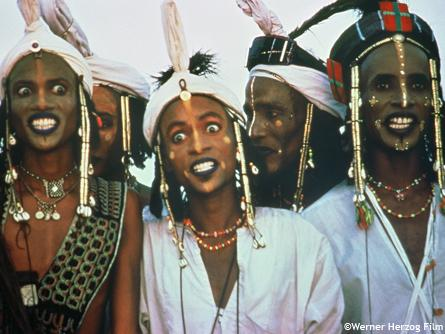 FILM: Wodaabe: Herdsmen of the Sun