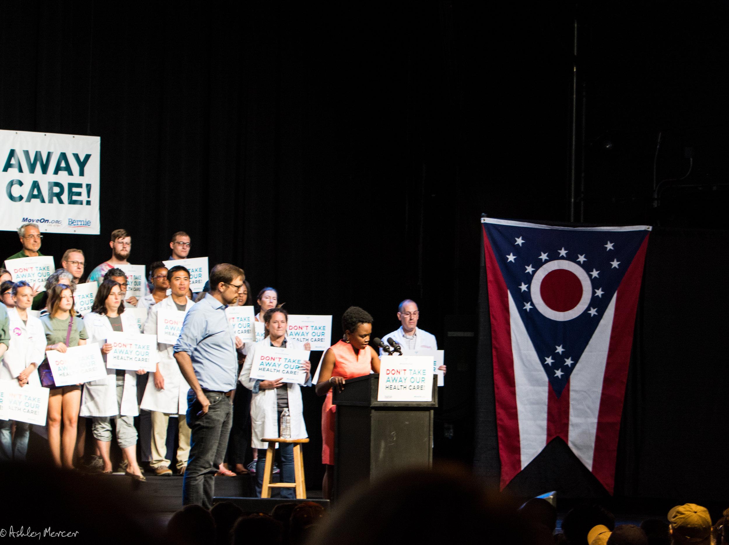 Bernie Rally-11.jpg