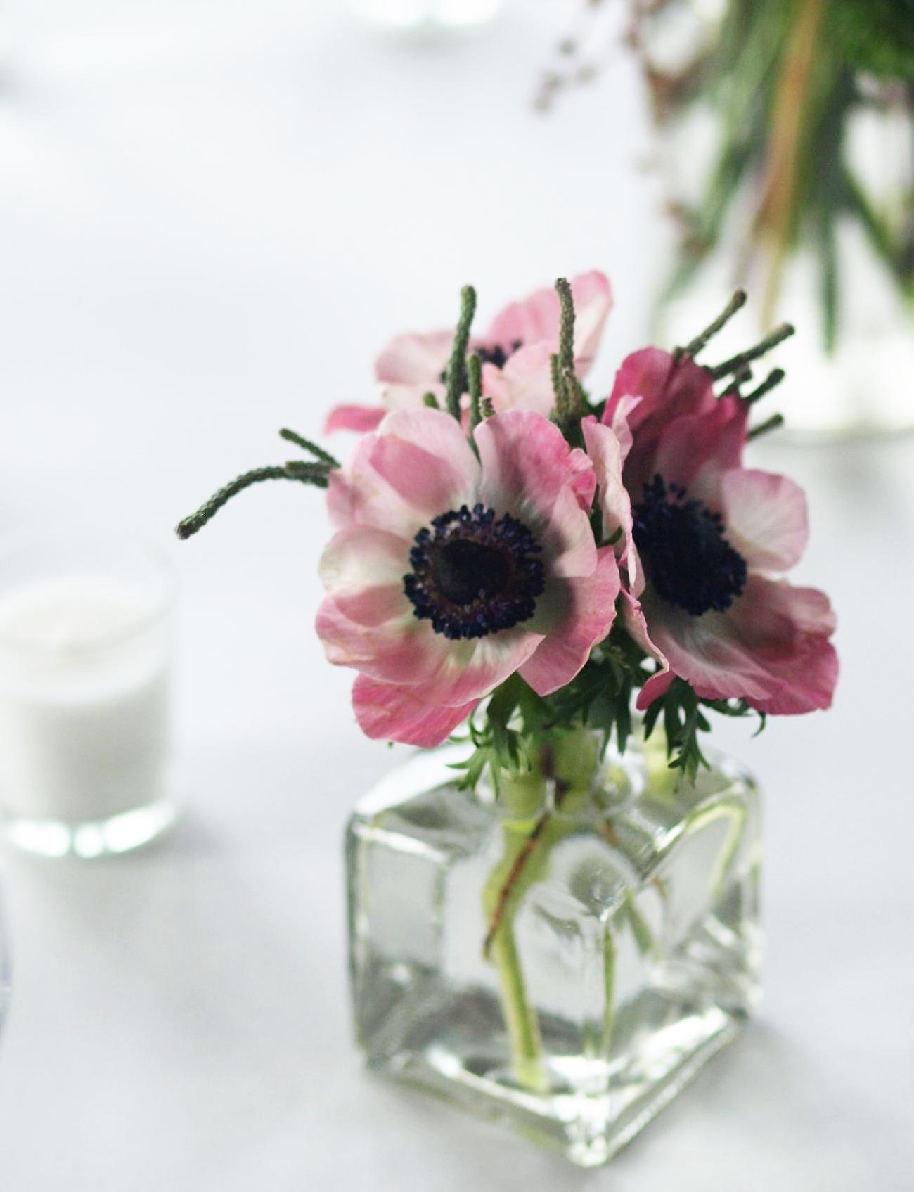 Oreonta house woodstock wedding bud vase with pink anemone rosehip social rosehip floral.jpg