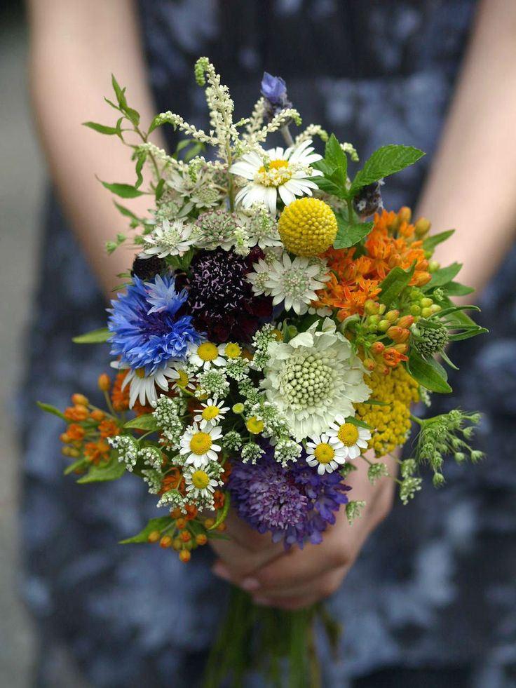 Beautiful summer wildflower bouquet wedding idea Full Moon Resort Catskills NY