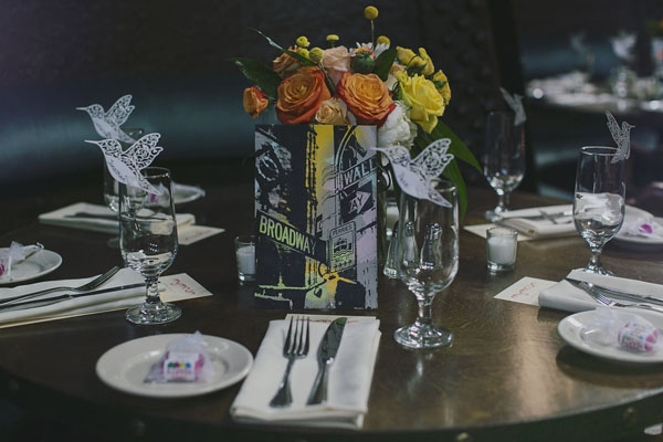 Colorful centerpieces with the table art