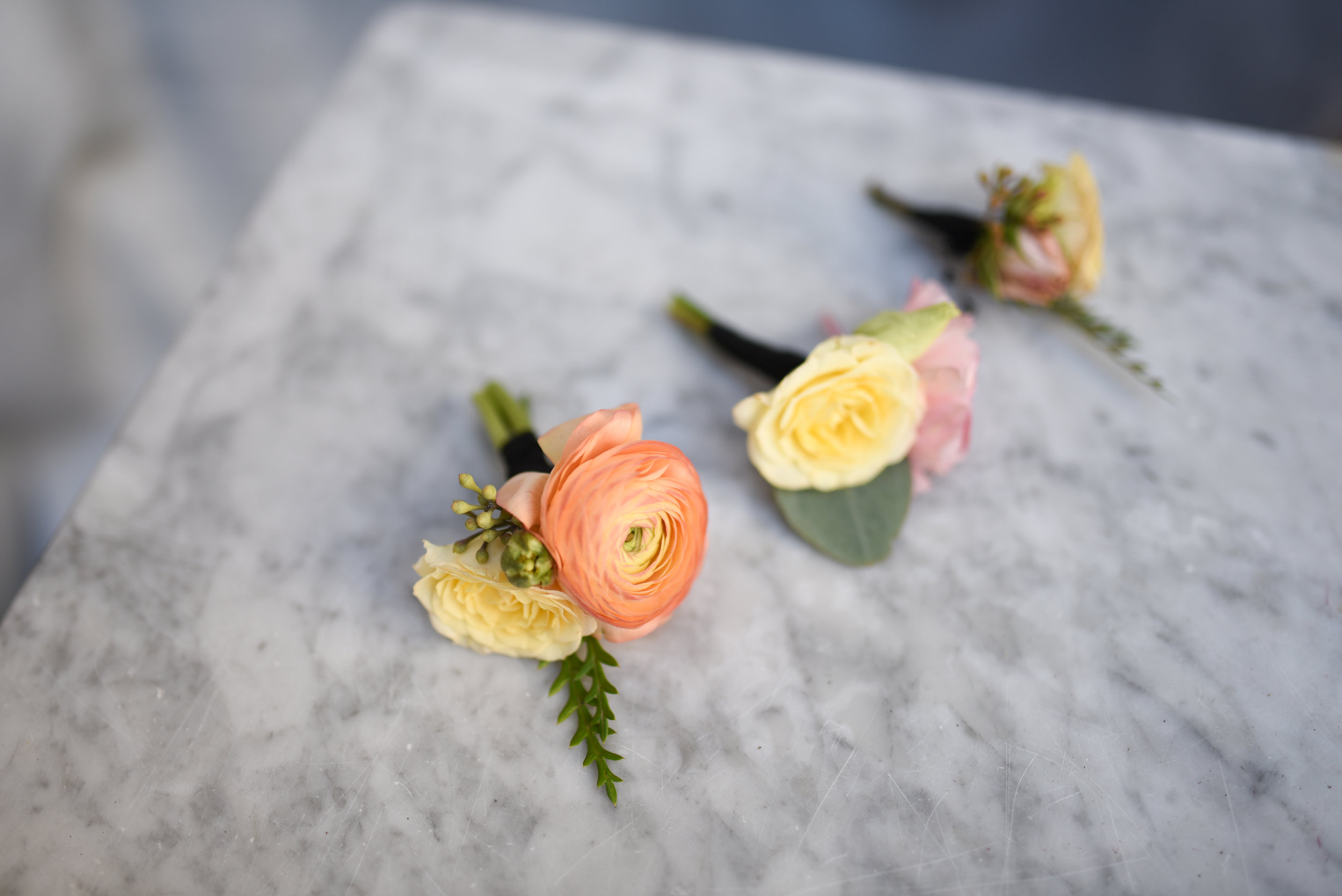 The boutonnieres for this fall wedding in Brooklyn at the Deity NYC venue