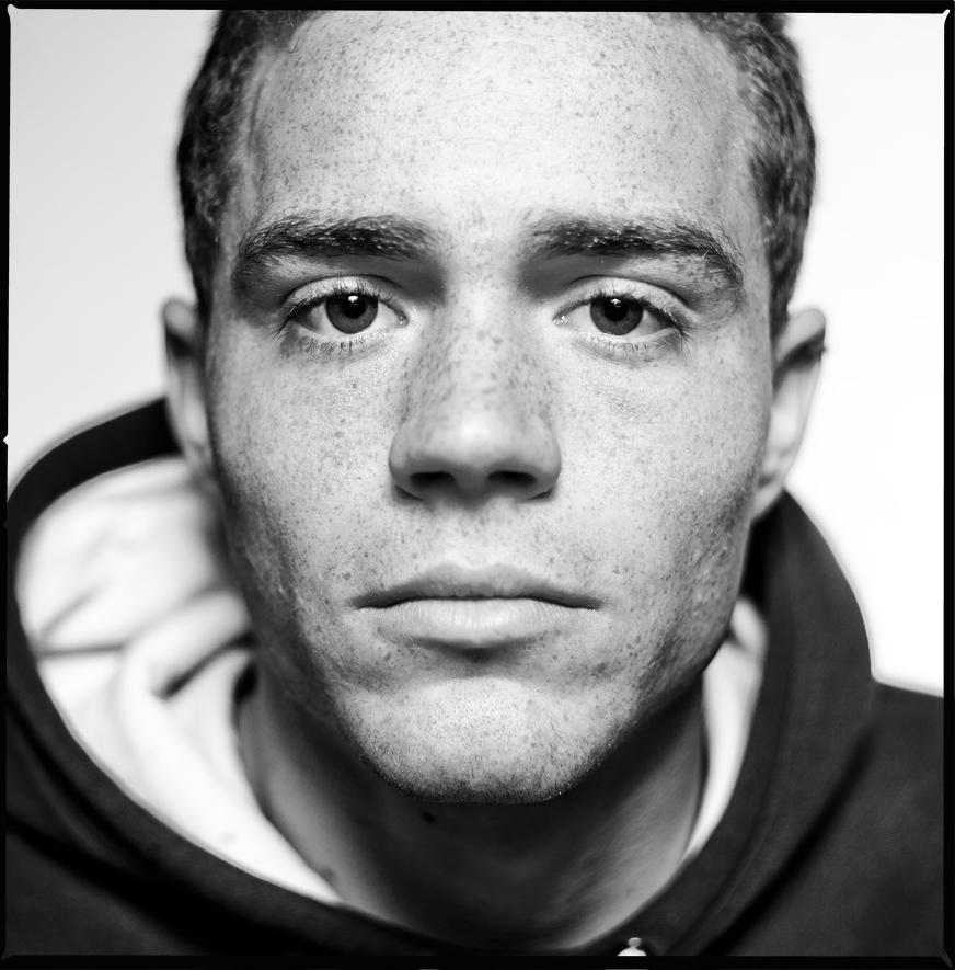 Oscar_Arribas_Portrait_photography_retrato_editorial_project_fotografia_studio_04.jpg
