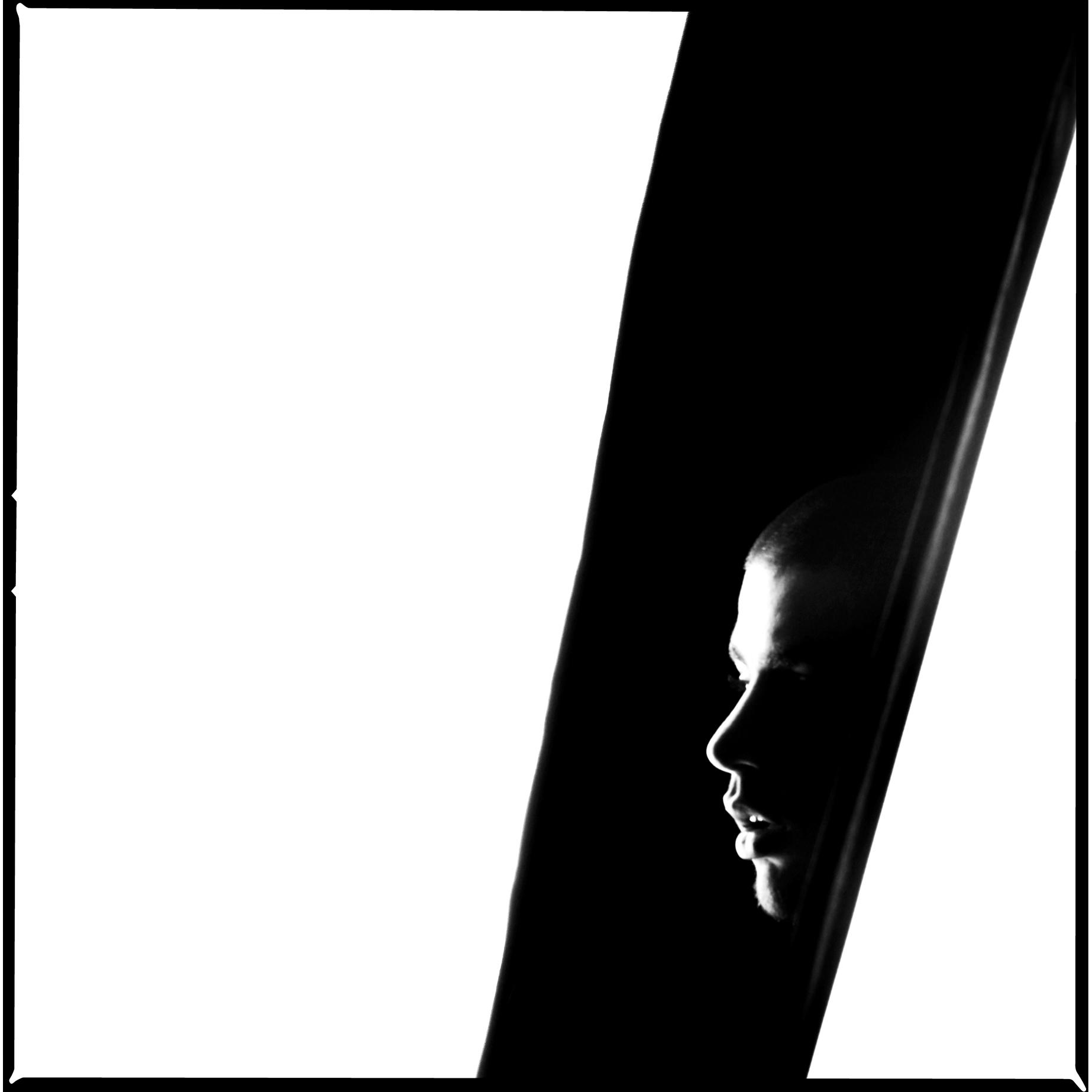 Oscar_Arribas_Portrait_photography_retrato_editorial_project_fotografia_studio_34.jpg