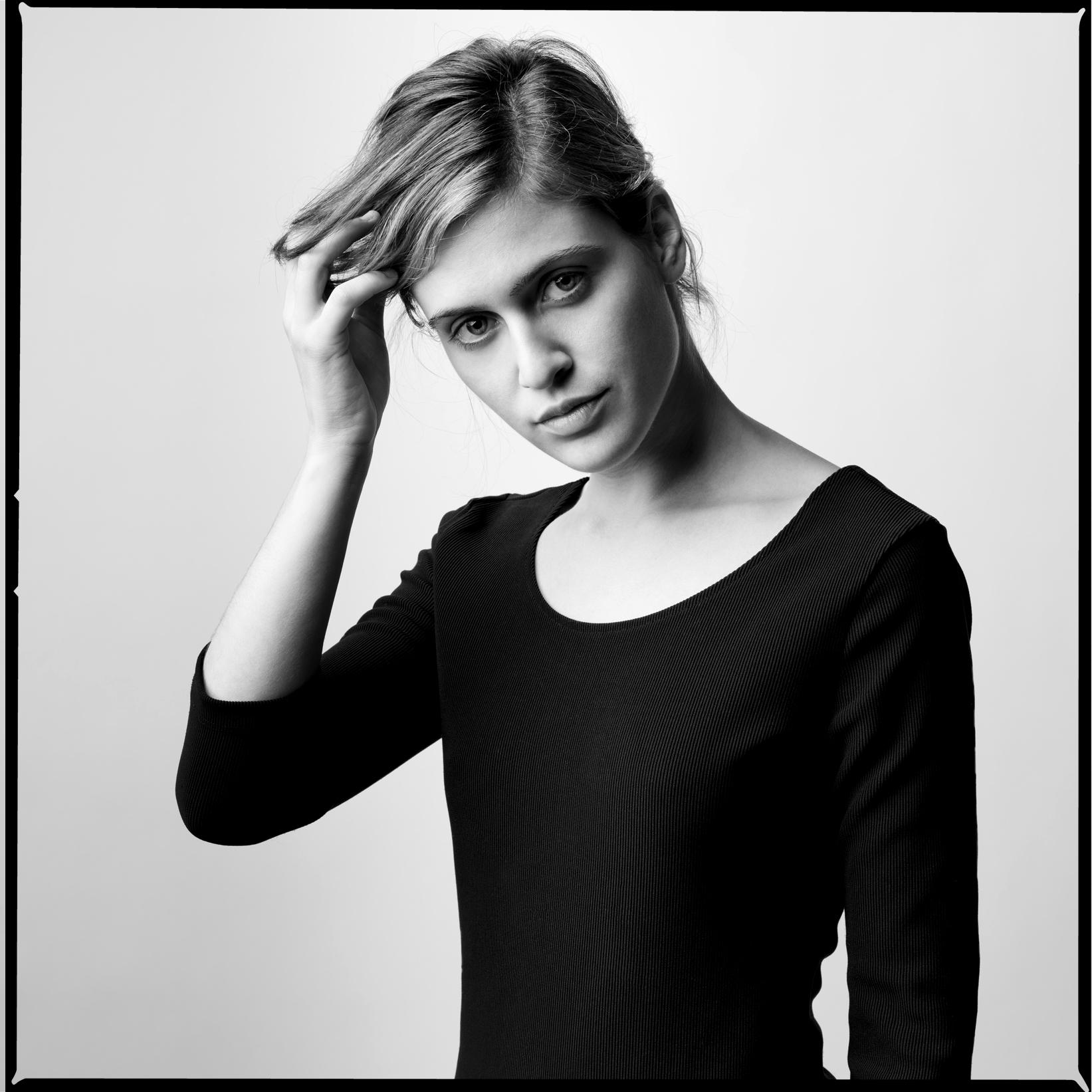 Oscar_Arribas_Portrait_photography_retrato_editorial_project_fotografia_studio_36.jpg