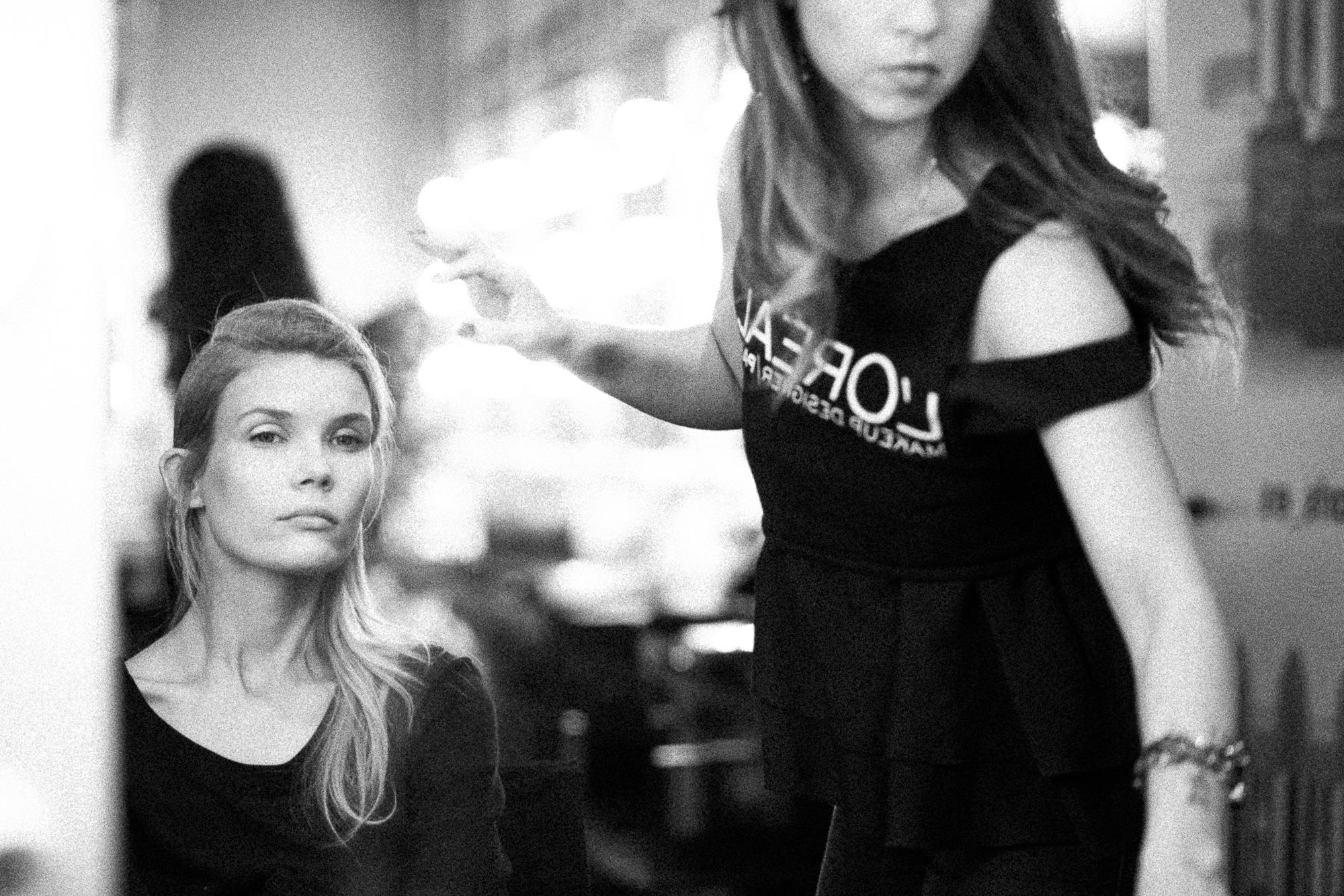 oscar-arribas-beauty-backstage-madrid-fashion-week-cibeles-photography-moda-desfile-fotografo-photographer-portrait-retrato-13__MG_5904.jpg