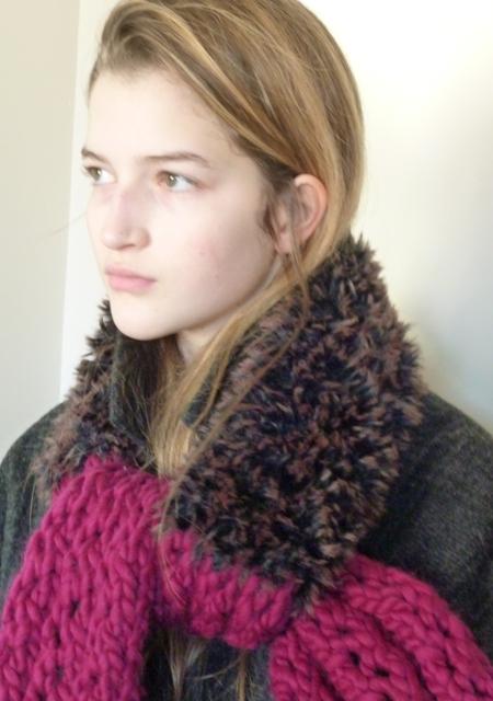 scarf faux fur & knit (6).JPG