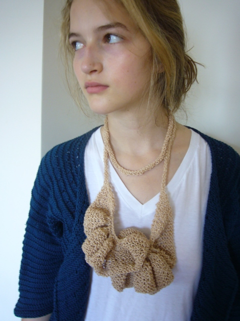 18 ruffle necklace (5).jpg