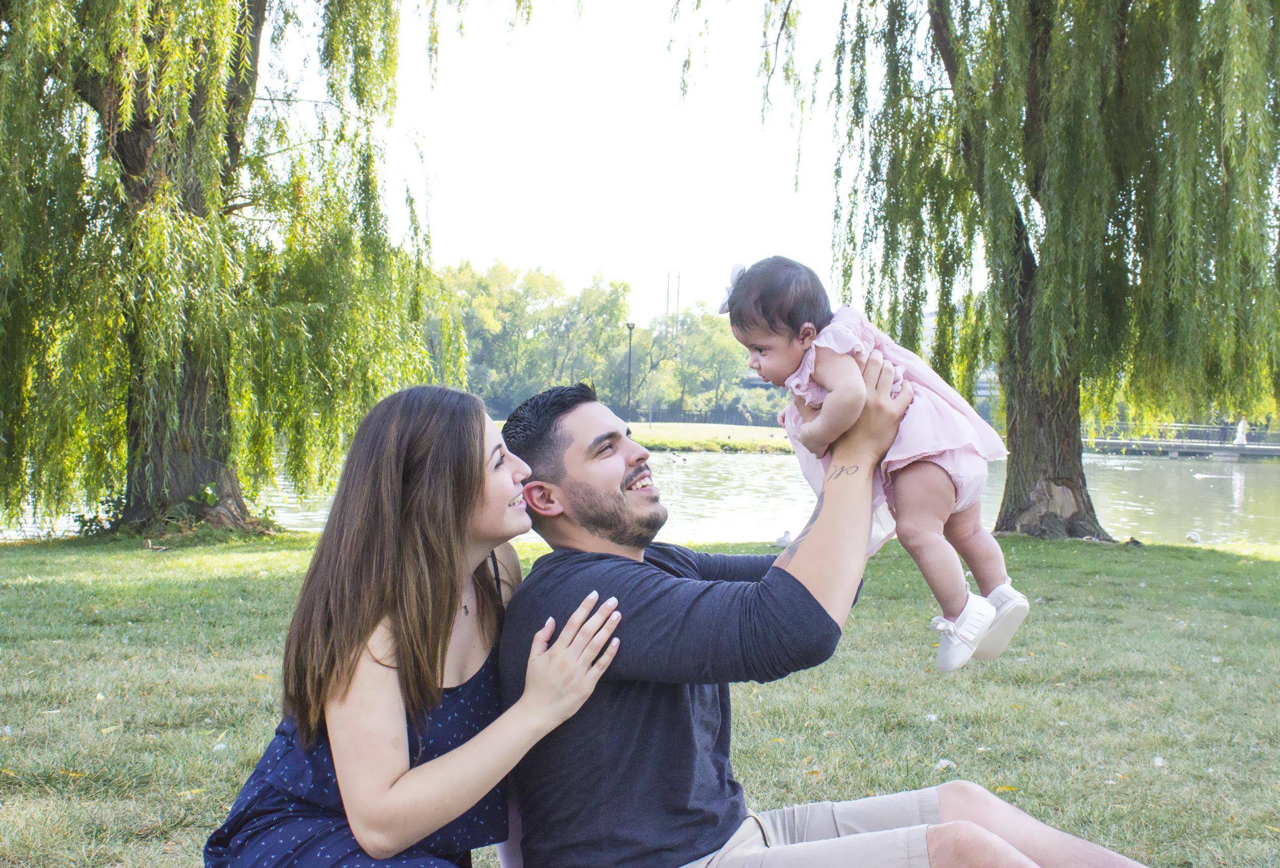 Sandoval Family_19.jpg