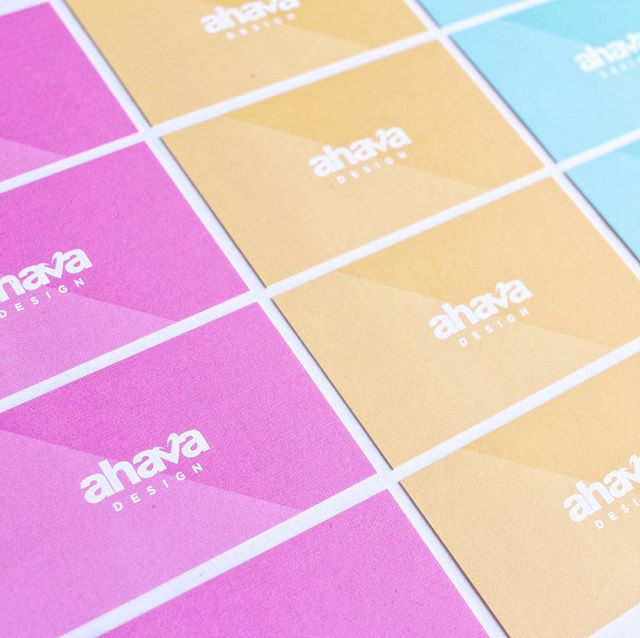 Colorful Wednesday's is always a good idea 🎨👏🏻 . . . . . #ahavadesign316 #tshirt #screenprinting #inklife #graphicdesign #businesscards #graphics #family #wednesdays #color