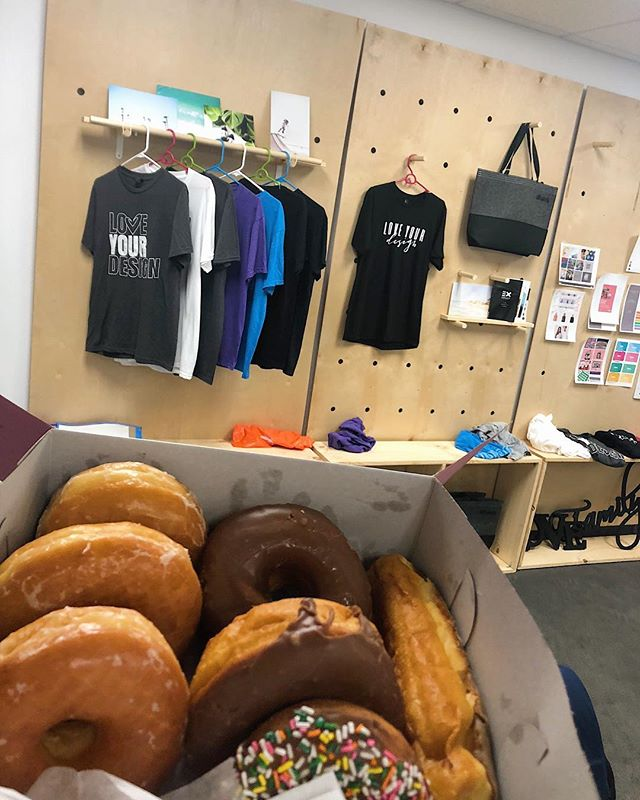 Morning donuts is always a good way to start the day 🍩😊 . . . . . #ahavadesign316 #worklife #donuts #tshirt #screenprinting #donuts #graphic #design #againdonuts
