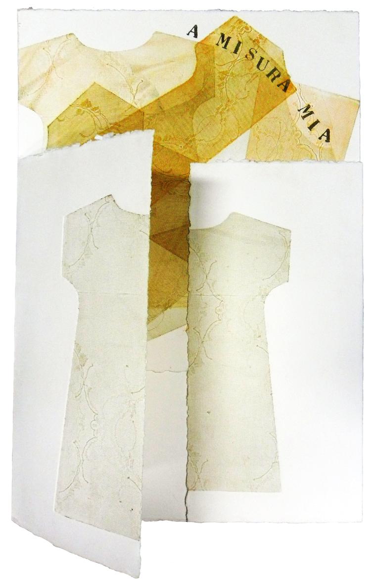 A Misura Mia  2011 - Tecnica mista su carta su carta ZerKall Butten da 600 grammi, 100% di cotone.  Installazione:valigia composta da due pezzi unici firmati e datati, realizzati a mano e torchio calcografico, cm 50x51 e cm 50x100