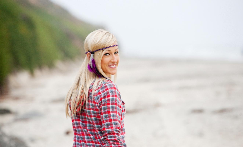 Roxy girl walking on the beach. san diego lifestyle photography, san diego lifestyle photographer, southern California lifestyle photographer, California lifestyle photographer, lifestyle photographer