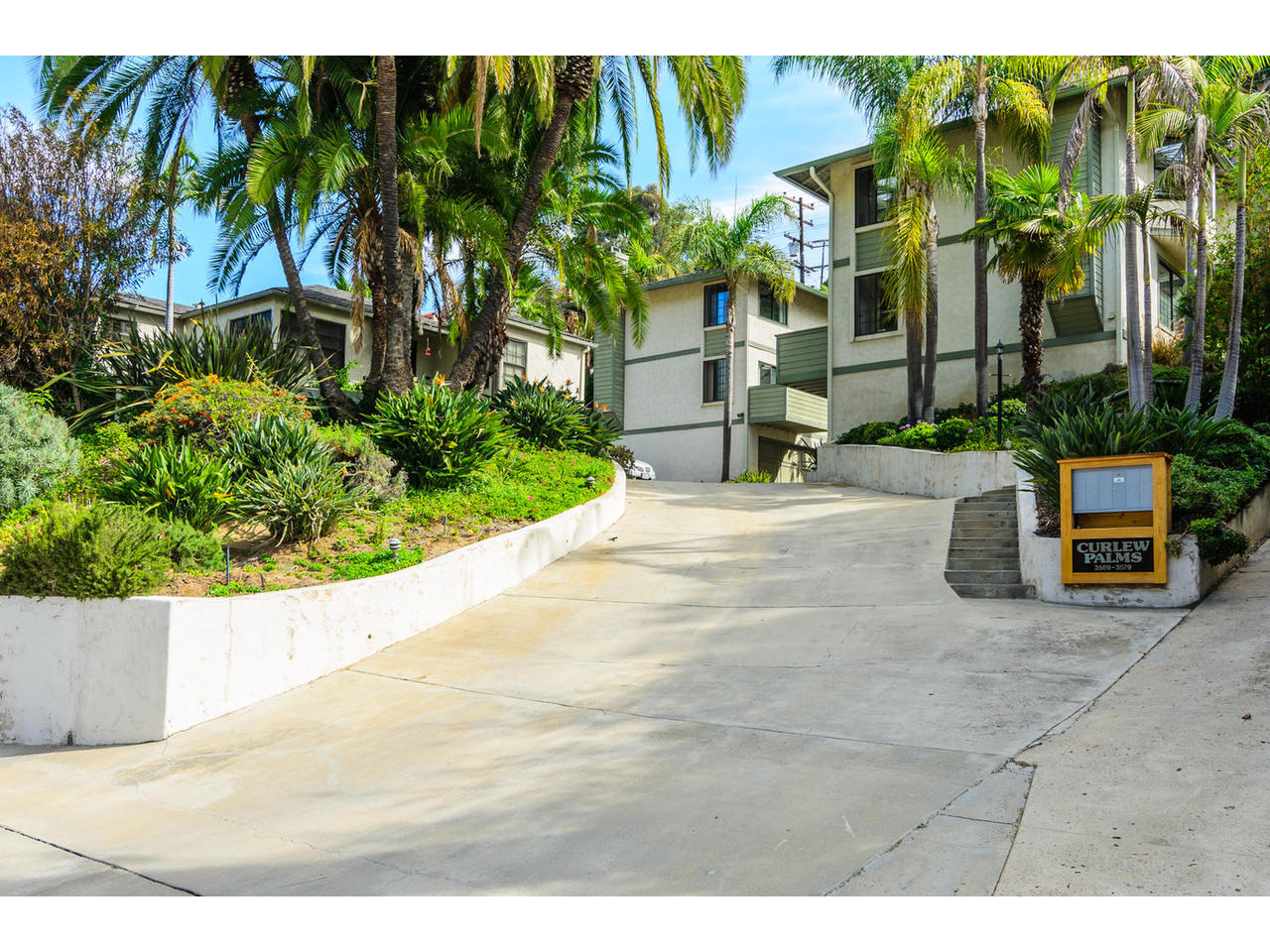 3579 Curlew Street San Diego-MLS_Size-001-3579 Curlew Street San Diego-1280x960-72dpi.jpg