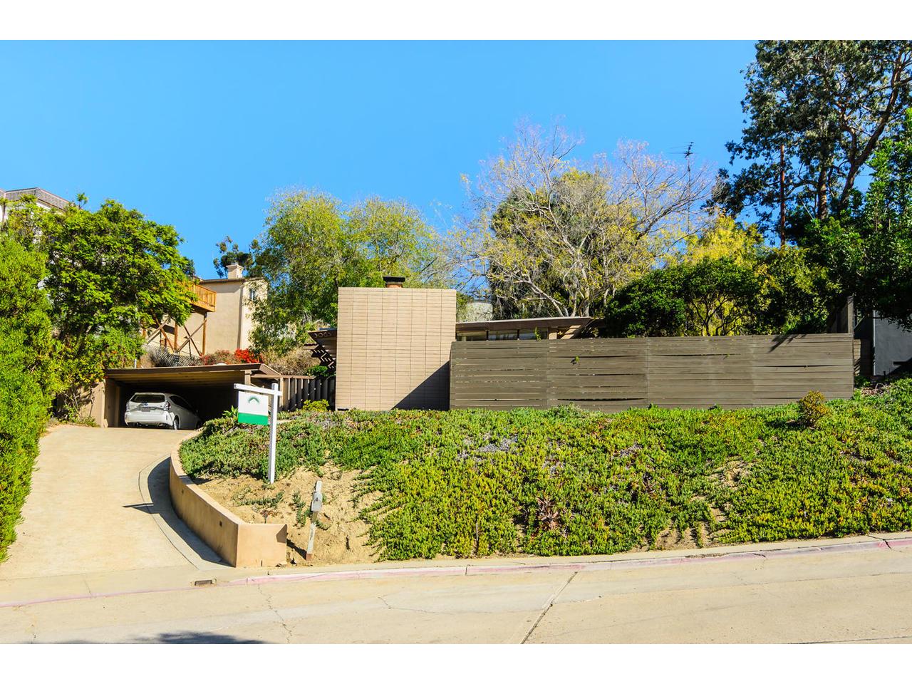 3065 Eagle St San Diego CA-MLS_Size-001-3065 Eagle Street San Diego CA-1280x960-72dpi.jpg