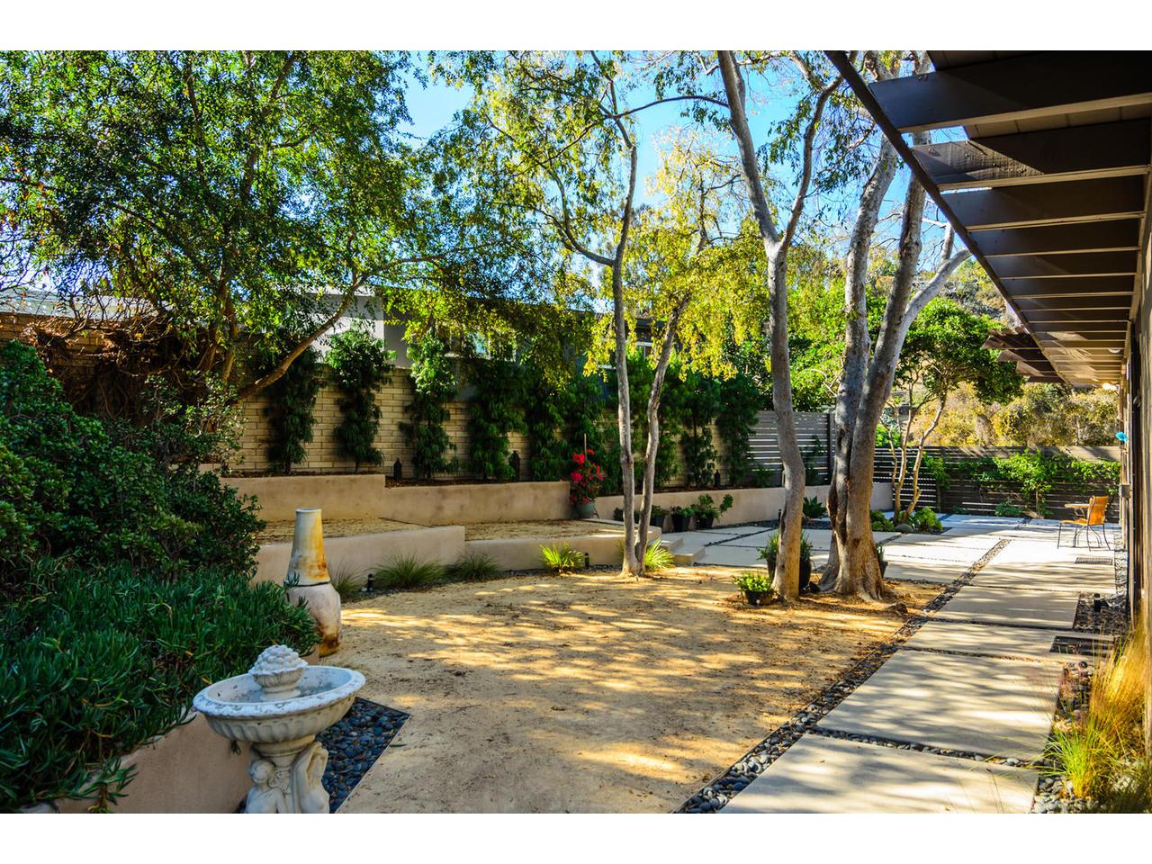 3065 Eagle St San Diego CA-MLS_Size-008-3065 Eagle Street San Diego CA-1280x960-72dpi.jpg