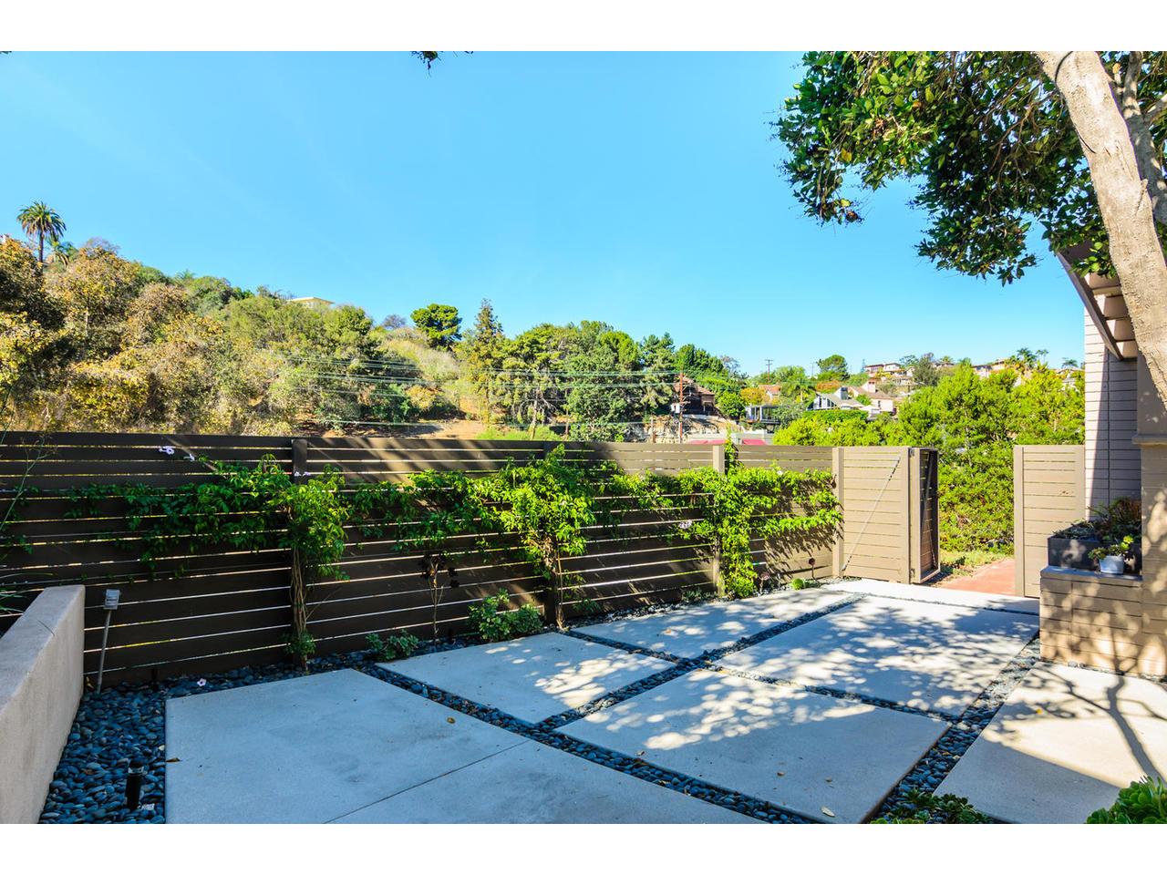 3065 Eagle St San Diego CA-MLS_Size-012-3065 Eagle Street San Diego CA-1280x960-72dpi.jpg