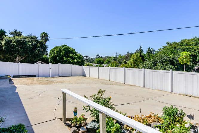 4670 Parks Ave La Mesa CA-small-025-21-4670 Parks Ave La Mesa CA-666x445-72dpi.jpg