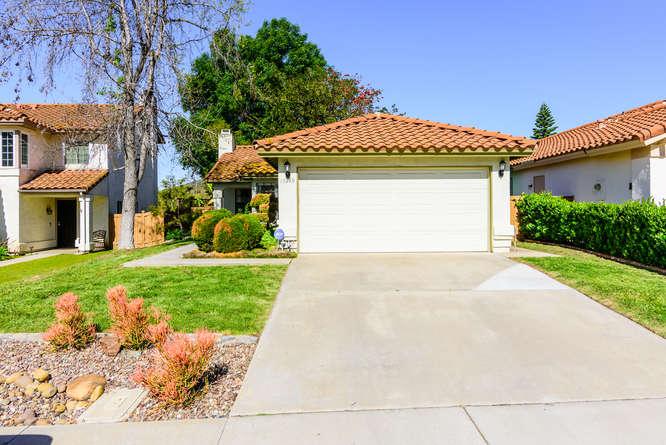 13440 Cool Lake Way San Diego-small-001-12-13440 Cool Lake Way San Diego-666x445-72dpi.jpg