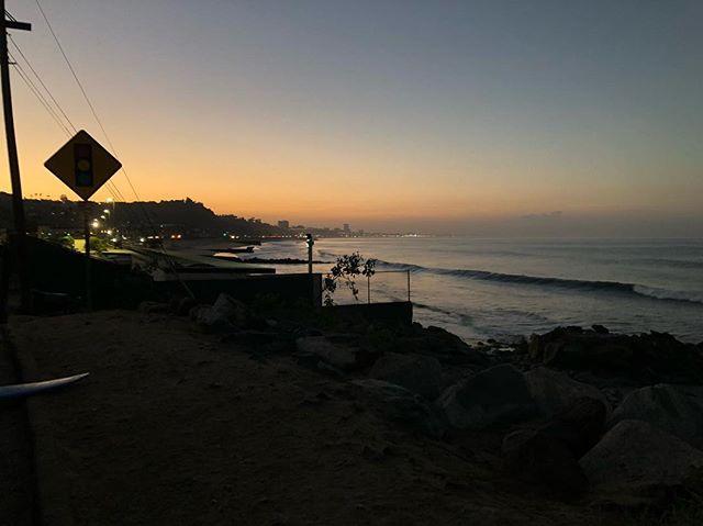 thursday 6:10am #exit #choose2exit #where2exit #surf #surfer #surfing #sunsetbeach #right #waves #water #ocean #losangeles #california #dawnpatrol #2018