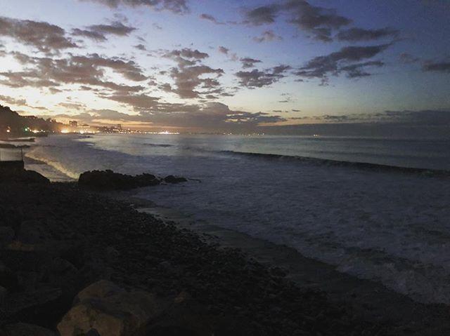6:16 am. #exit #choose2exit #where2exit #surf #surfer #surfing #dawnpatrol #firstlight #sunrise #ocean #sunsetbeach #losangeles #california #2018 #hurricanerosa