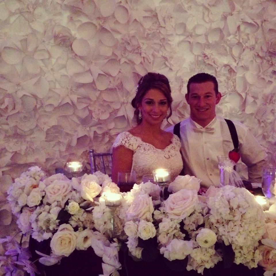 Tampa Marriott Waterside All white wedding