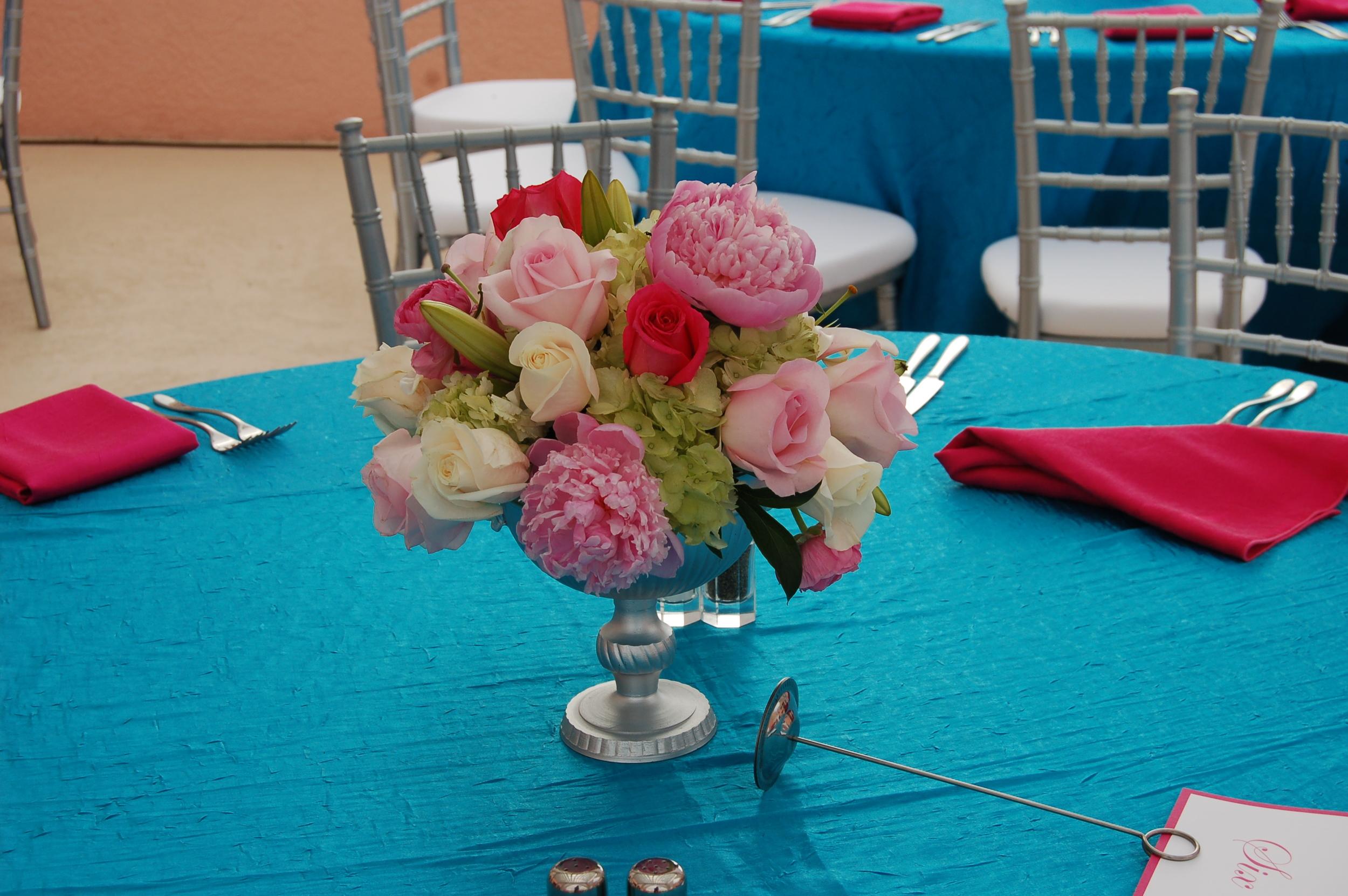Hyatt Regency wedding flowers pink and blue
