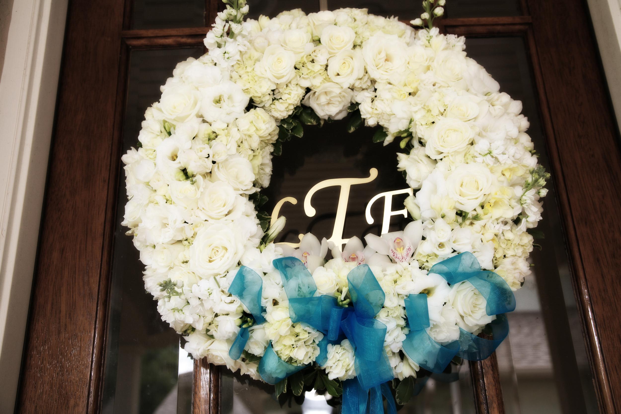 White flower wreath wedding