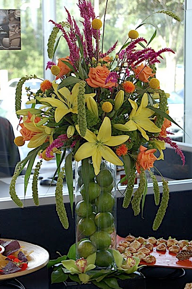 Green and yellow centerpiece limes