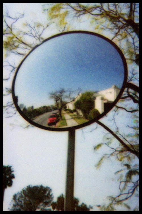 Behr_izone-mirror.jpg