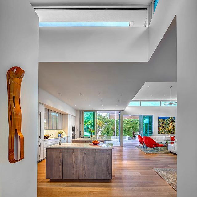 Congrats to @solsticearchitects for winning the 2019 Tampa Bay Architecture People's Choice Contest with their project, Thirty Oaks!  Through the use of detailed design elements with a focus on nature, the home enhances its setting and is a partner with it. Achieving LEED Gold certification by carefully balancing passive design elements, this home goes back to basics with true sustainability using natural daylighting, overhangs for shade, natural ventilation, local materials, and a sympathy with the subtropical site.  #architecture #AIA #floridaarchitecture #residentialarchitecture #siestakey #florida