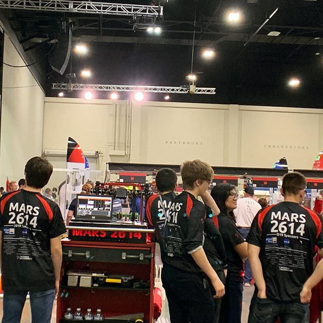 We're excited to be in such a great alliance with @hvarohawktics3824 and @therobocats_379 good luck to everyone in playoffs #stemsquad #omgrobots #inlovewithHVA?