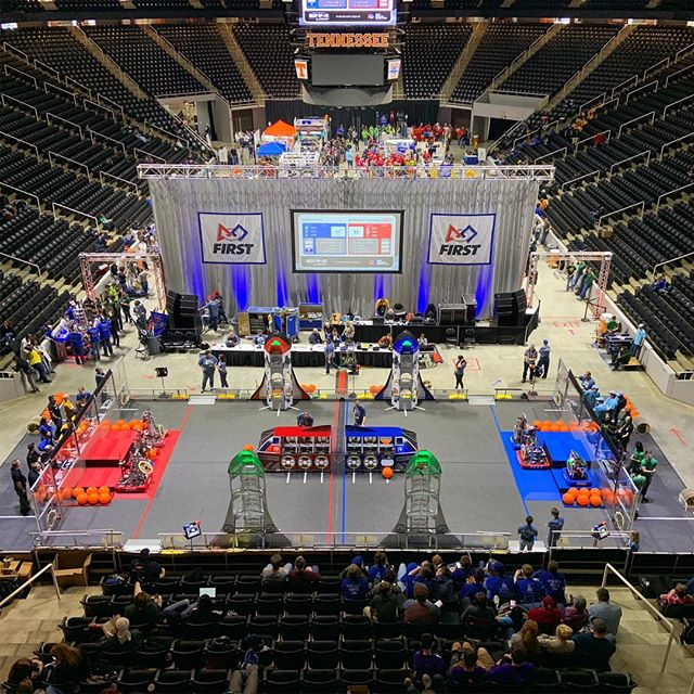 It's our sixth year at the Smoky Mountain Regional and we're beyond excited to be here, good luck all the teams that are competing today!! #omgrobots #stemsquad #smokymountainregional
