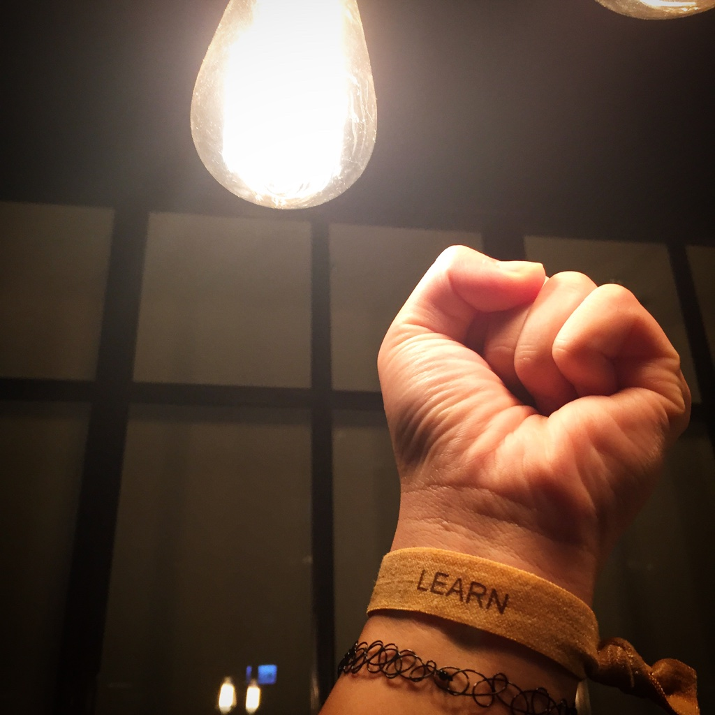 FIST UP to the LIGHTBULB!