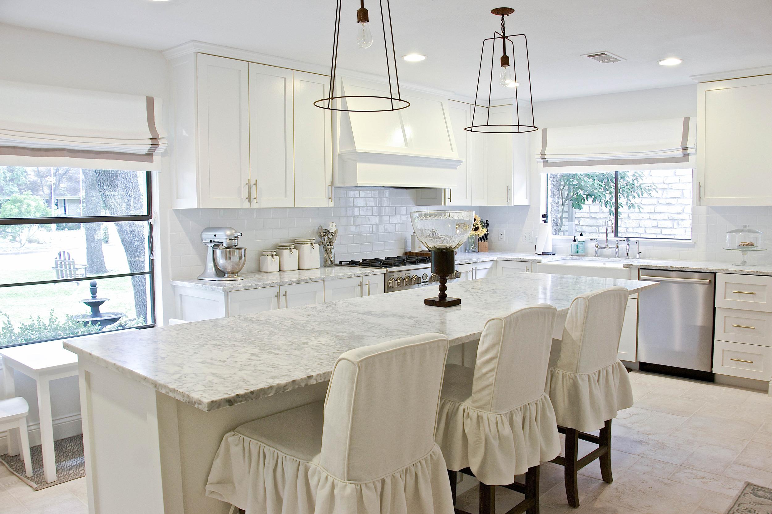 Honed Carrara Marble