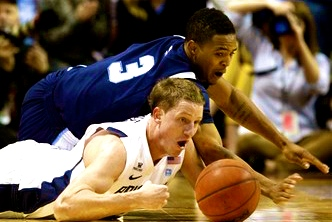 Gimpy Hartsock comes off bench to lead BYU to win, Gonzaga up next