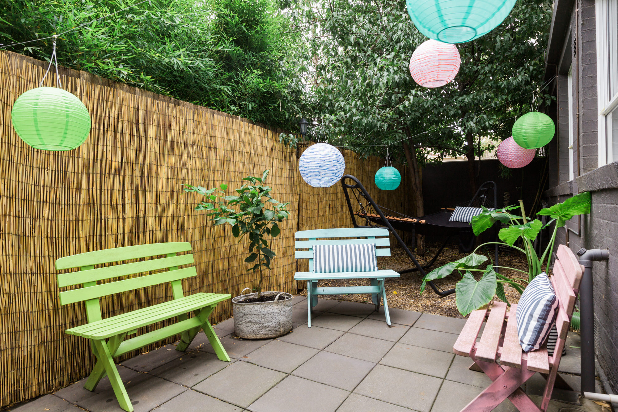 patio-Siobhan-Donoghue