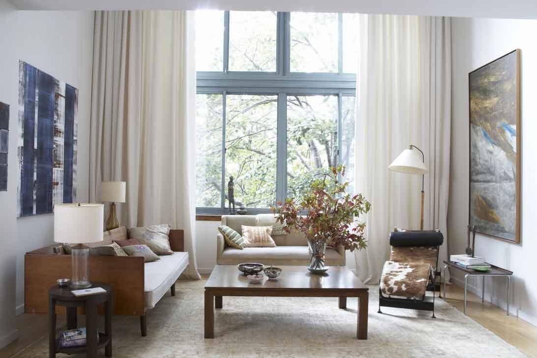 modern-curtain-in-living-room.jpg