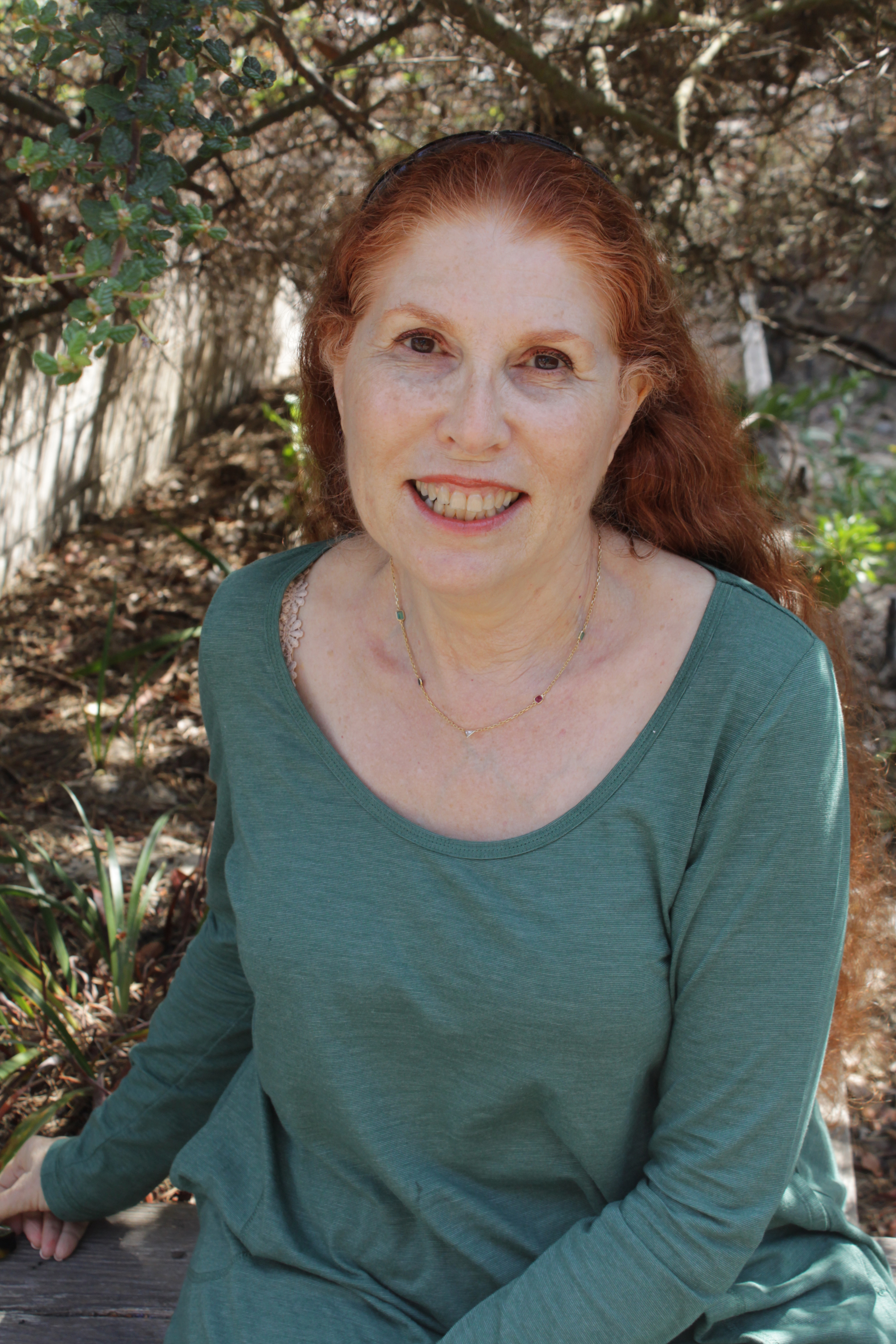 Elinor at the AAGT Conference, Asilomar, California, September 2014. Image courtesy of the British Gestalt Journal.