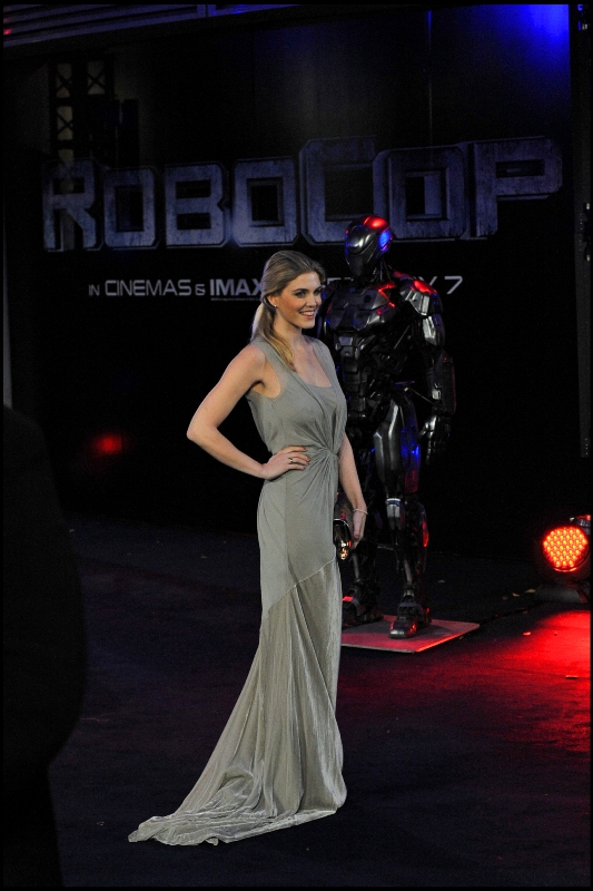 As part of a marketing plan I have no problem at all with, they invited some exceedingly pretty girls to stand in front of the Robocop statues. (Settle down ladies, they had a  'Phwoarrr for Thor'  competition back last year for the premiere of  Thor the Dark World  )