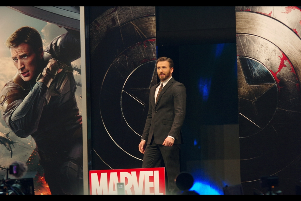 Meanwhile, on the main stage, the man, the myth, the incredible beard of Chris Evans arrives. Until seconds earlier he had been the only member of The Avengers I'd never photographed. So with that accomplished... I was ready to get back to photographing Scarlett Johansson.