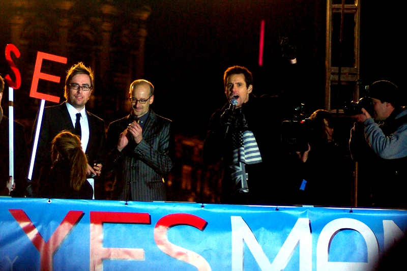 Comedian Danny Wallace, Director Peyton Reed and Pet Detective Ace Ventura on top of a bus. I believe the Russian Revolution started much the same way...