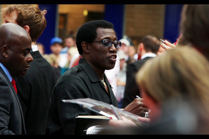 """""""It' cool. The dude behind me has a tie that's well within my minimum thickness criteria. But thanks for noticing and respecting. Peace"""". Wesley Snipes has had a long and illustrious career of 1980s action films, but as I was never a fan of many of those back in the day (or of the Blade series), my favourite of his film roles remains his team-up with Sylvester Stallone in 1993's Demolition Man. It's aged poorly, but my nostalgia overrides it."""