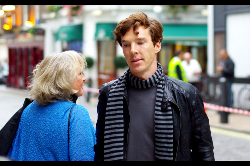 Oh look, it's ... it's... it's.... that guy! Please insert name and claim to fame < here > (Me, 2014 : Benedict Cumberbatch, you IDIOT) (In 2009 Me's defense, he wasn't nearly as well known five years ago, arrogant future me prick) (good to see I haven't lost the hair-trigger temper).... (I'm sorry. There was a premiere on?)
