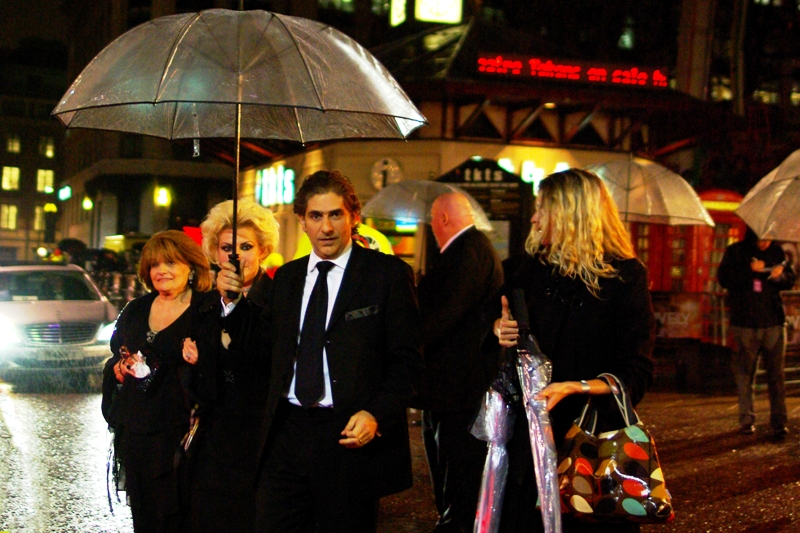 "A guy with an umbrella, whose name is Michael Imperioli who was in ""The Sopranos"" and a heap of films, none of which I recognise him from. Hey, I take photos... I don't have time to actually WATCH stuff!"