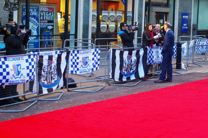 Not so much a Johnny Depp-sized premiere, then...