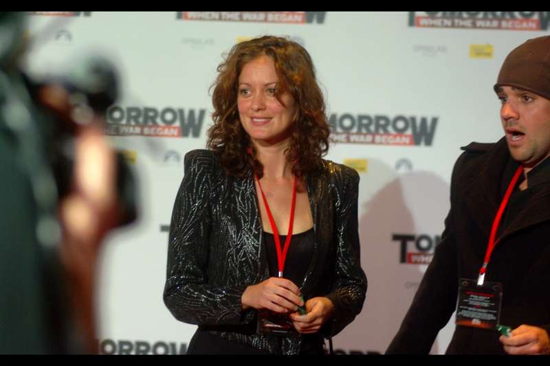 Whereas this may or may not be Susan Sarandon, who is not in this film and likely has no reason to be in the country.