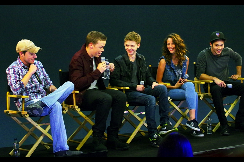 "Director Wes Ball, Will Poulter, Thomas Brodie-Sangster, Kaya Scodelario and Dylan O'Brien for ""The maze Runner"""