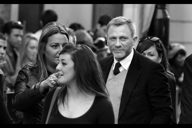 Current James Bond Daniel Craig looks a little grizzled.  That could also be due to the remarkable optical quality of the Paparazzi special 70-200mm f2.8 I was rocking at this premiere.